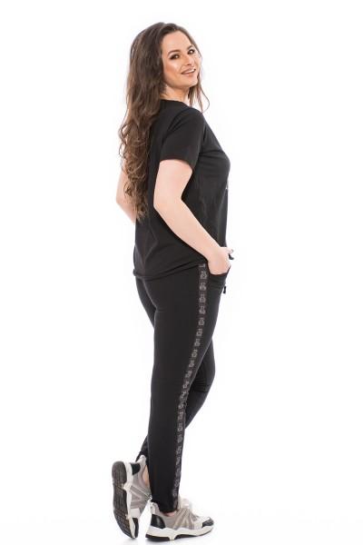 Sportos nadrág, nagy méretű nadrág, duci divat, molettdivat.