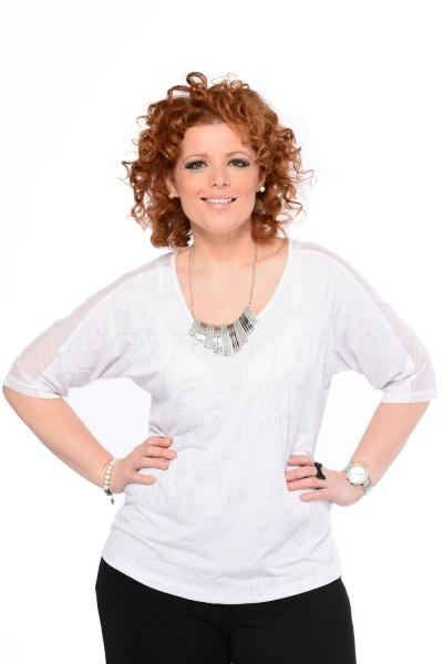 divatos női ruhák - fehér felső