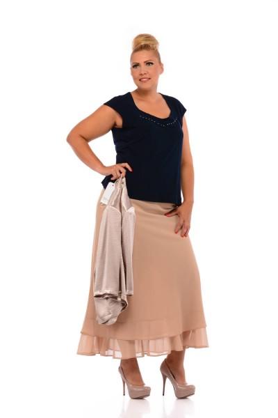alkalmi ruhák molett nőknek